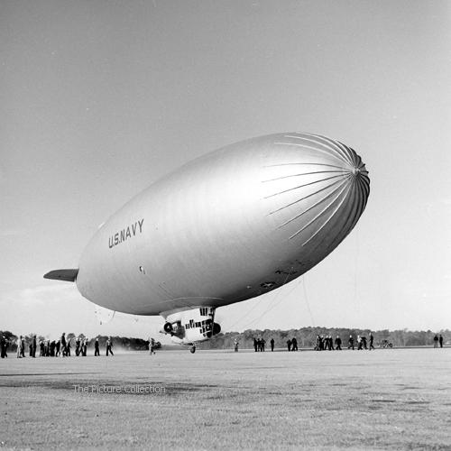 19577259 George Strock-U-S-Navy Air Station-1942